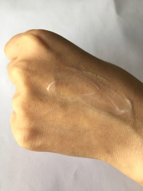 ちふれ化粧品の保湿エッセンシャルクリームはすっと伸び塗りやすいい